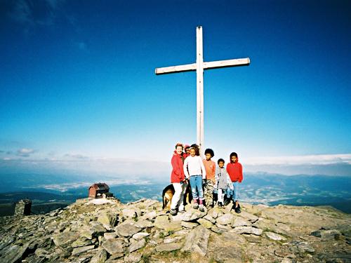 KinderamGipfelkreuz|MühlenamZirbitzkogel|Wanderwege&Wanderrouten|Wanderkarten|Bergtouren|WanderurlaubinÖsterreich-Steiermark|©TVBMühlen