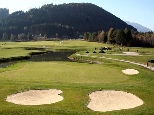 GolfanlagePyhrn-Priel WanderninPyhrnPriel WanderninObe