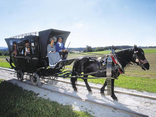 Pferdeeisenbahn©OÖTourismusHimsl|Ausflugsziele