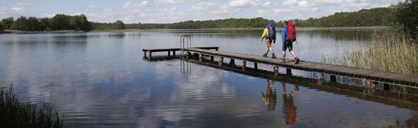 Immer wieder Wasser – Fast immer treffen Wanderer in M-V auf Seen oder das Meer © TMV/outdoor-visions.com